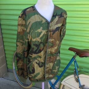 ALPHA INDUSTRIES CAMO SNAP FRONT COAT SIZE S
